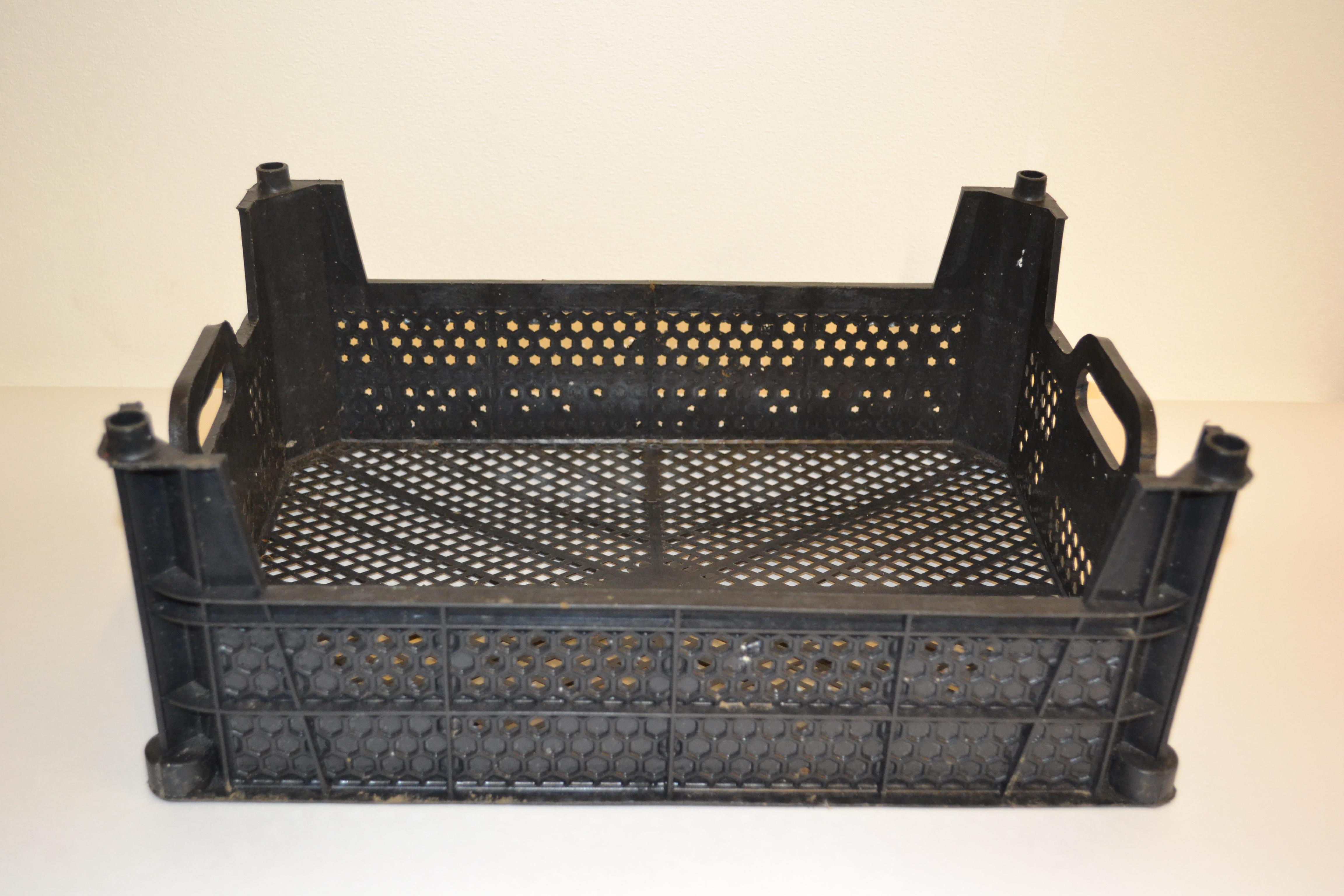 Ящик пластиковый б/у 400х300